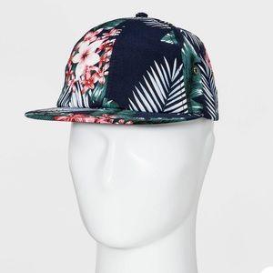 NWT Floral hat